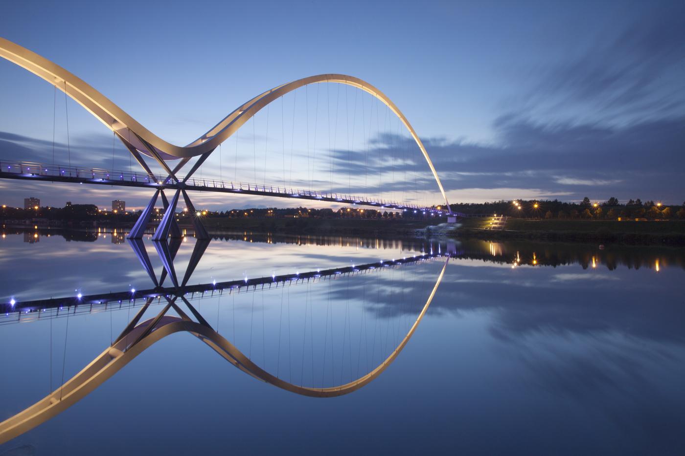 Infinity-Bridge